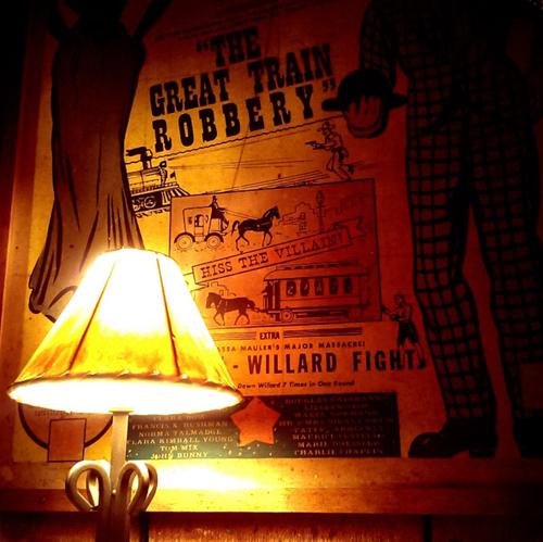 santa_ynez_cold_spring_tavern_lamp_poster
