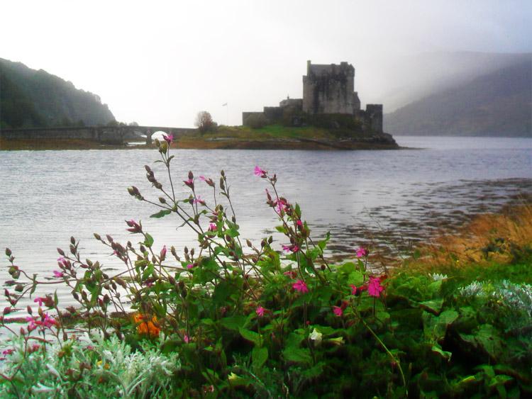 Scotland_Highlands_Eileen Donan Castle