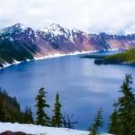 Crater Lake Oregon_Road trip snow caps