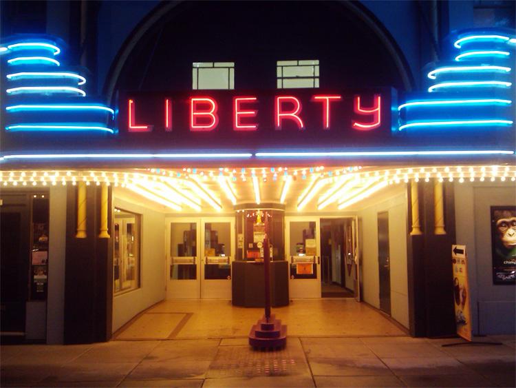 Camas Washington Liberty theater road trip