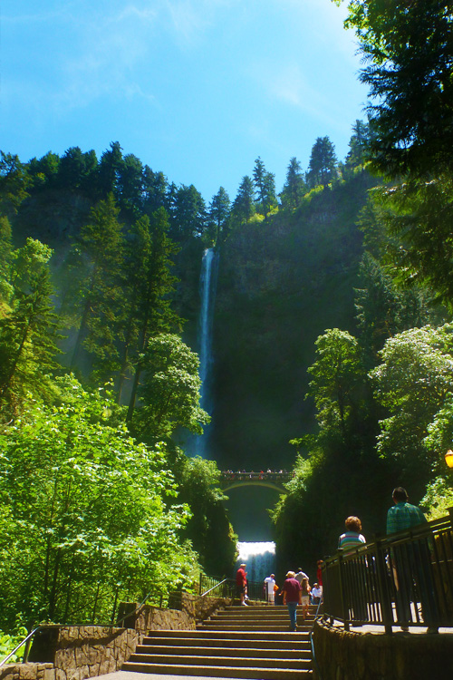 Public Entrace Multnomah Falls Oregon Columbia River Gorge Highway Road Trip