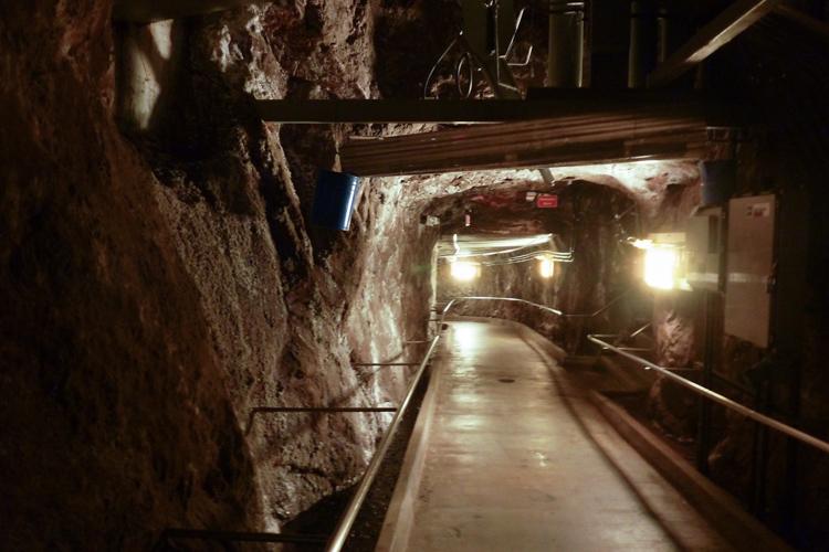 Hoover_Dam- underground tunnel