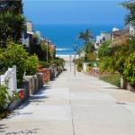 manhattan beach walking street ocean view