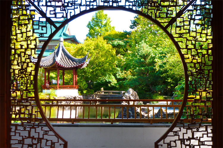 Voted 1 Best City Garden Vancouver Chinese Garden Try