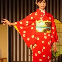 fashion show red silk kimono