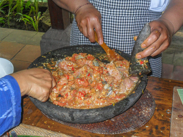 bali_cooking_class_spicy_shrimp_tuna