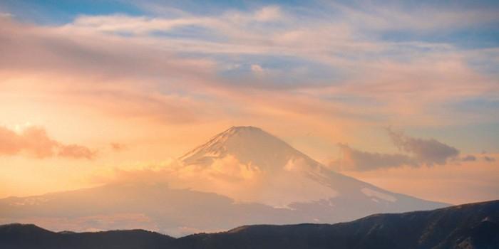 mt fuji japan at sunset