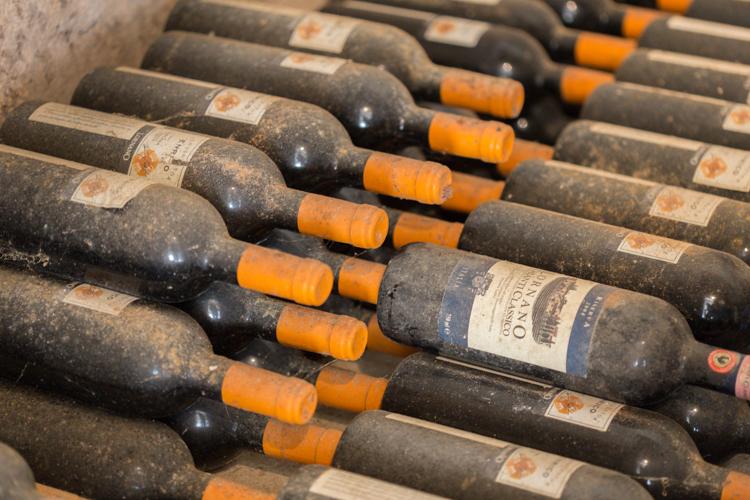 tuscany_wine_tasting_lornano-wine cellar