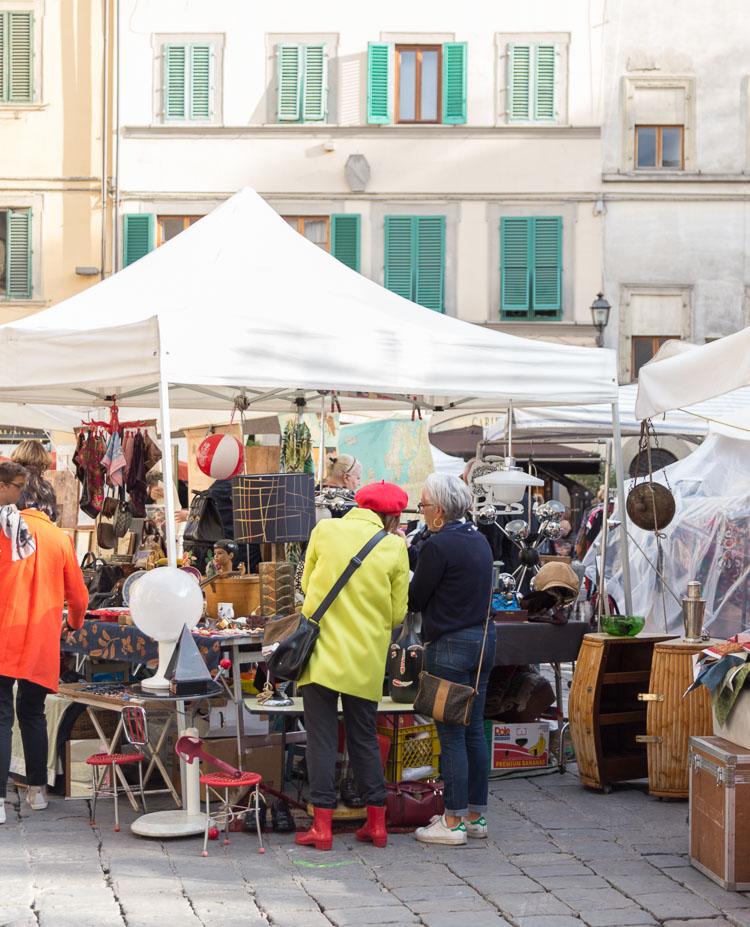 santo_spirito_market_florence-87
