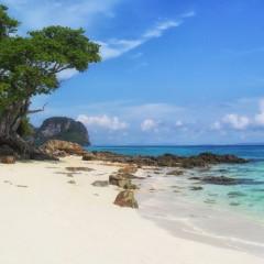 Bamboo_island_beach_Andaman_Sea