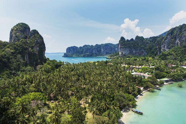 lookout_at_Railay_Bay