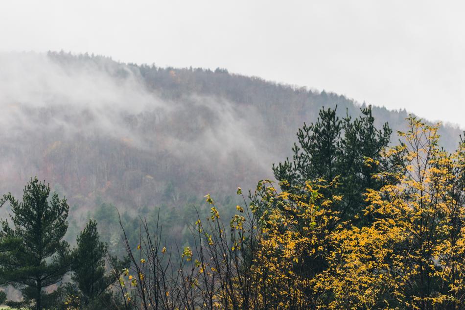 Vermont_autumn-rolling storm