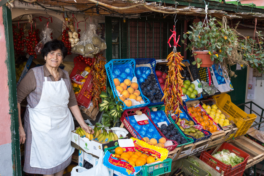 Meet Carolina and her colorful produce.