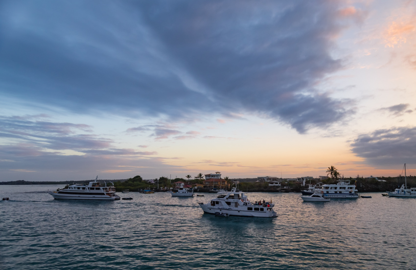 Galapagos sunset perto Ayora